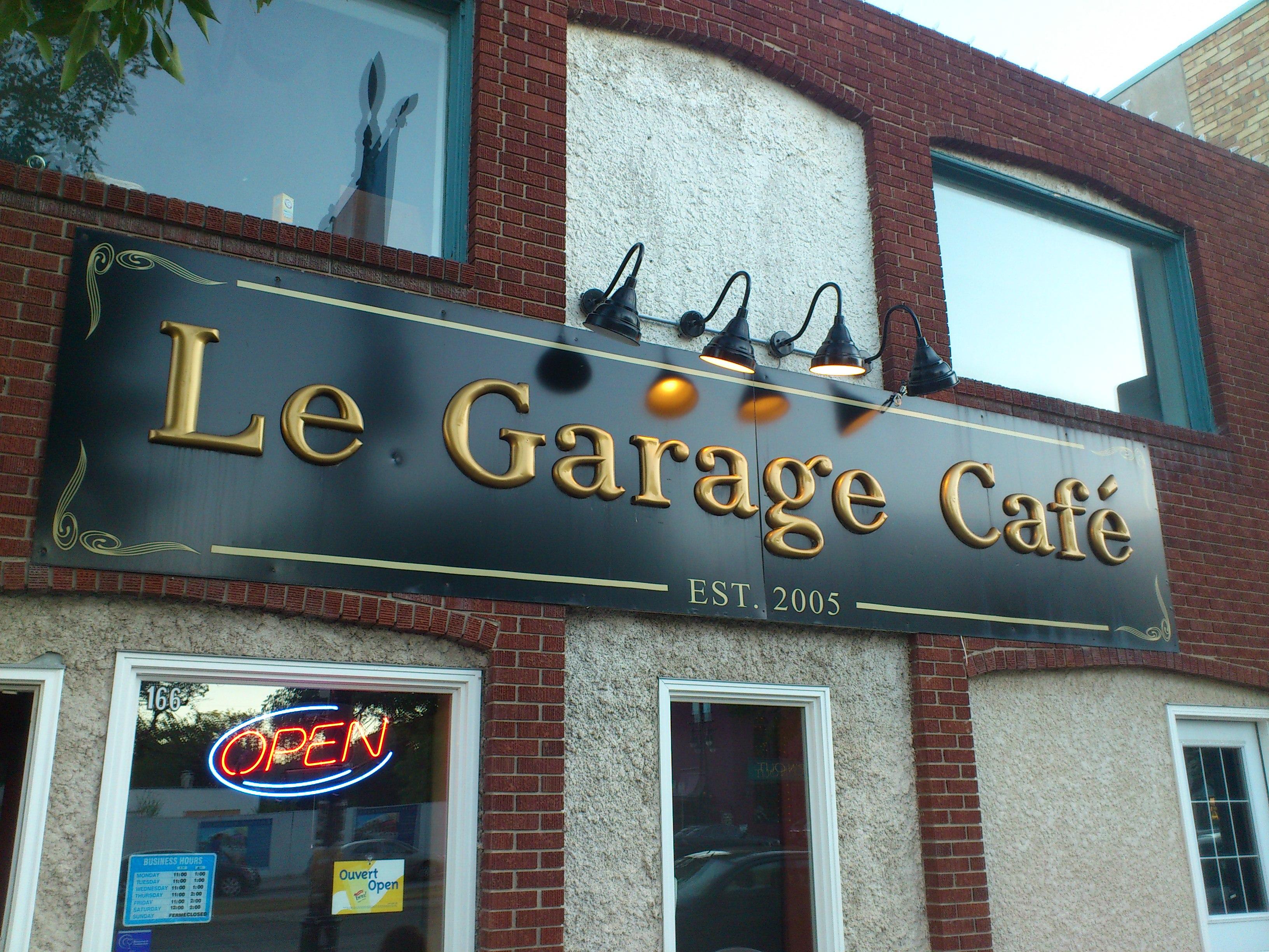 Dining in the quarter made easy at le garage caf - Le garage restaurant montbonnot ...
