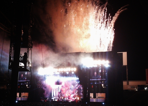 Live and Let Die pyrotechnics exploding everywhere!